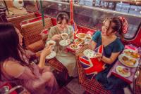 ロンドンバスでミニ英国展