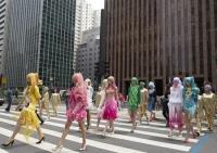 「金融街でファッションショー(ブラジル)」※写真提供:AP