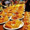 パン好きの祭典「利きバゲット祭」で、その日焼きたてバゲットを食べ比べ。